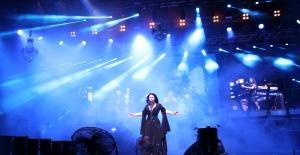 Türk Rock Müziği'nin Kraliçesi Harbiye'de