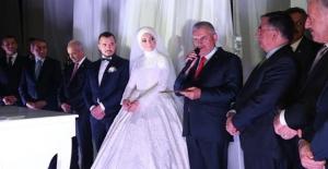 Başbakan Yıldırım Yeğeninin Nikah Şahitliğini Yaptı