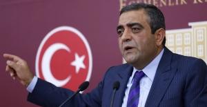 CHP'li Tanrıkulu Türkiye'de Gözaltında Kaybedilenleri Meclis Gündemine Taşıdı
