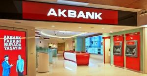 Akbank 11 Stevie Ödülünü Birden Kazandı
