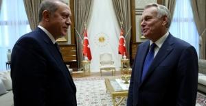 Cumhurbaşkanı Erdoğan, Fransa Dışişleri Bakanı Ayrault'yu Kabul Etti