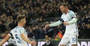 Dünya Kupası Avrupa Elemelerinde 4 Grupta 10 Maç Oynandı