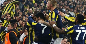 Fenerbahçe'den Tarihi Galibiyet