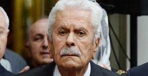Eski Meclis Başkanı İsmet Sezgin Hayatını Kaybetti