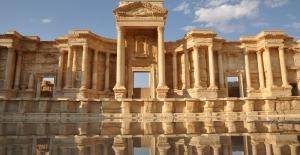 Palmira Antik Kenti Yeniden IŞİD'in Kontrolünde