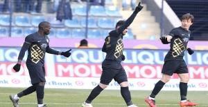 Osmanlıspor, Evinde Kardemir Karabükspor'u 2-1 Yendi