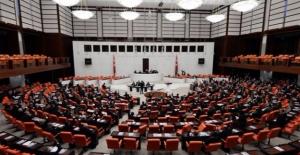 AK Partili Elitaş: En Erken 26 Mart, En Geç 16 Nisan