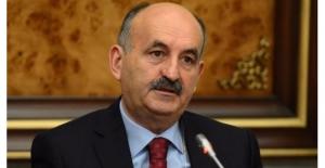 Bakan Müezzinoğlu: Türkiye'de 5 Bin Üst Düzey Kamu Görevlisi Var