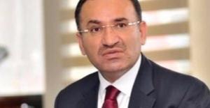 Bozdağ: Gülen Cezaevindeki Yandaşlarını Cennet Vaadiyle Motive Ediyor