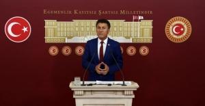 CHP'li Sarıbal Alevi Şehitin Cenaze Törenini Meclis'e Taşıdı