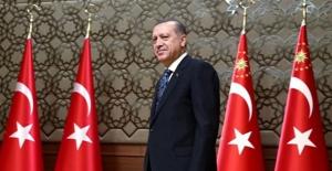 Cumhurbaşkanı Erdoğan 12 Üniversitenin Rektörünü Atadı