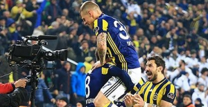 Fenerbahçe Lideri Devirdi