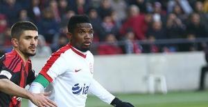 Gaziantepspor Kendi Sahasında Antalyaspor'a 3-0 Yenildi