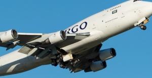 Kırgızistan'da Kargo Uçağı Düştü: 30 Ölü