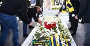 Mustafa Koç Ölümünün Birinci Yıldönümünde Kabri Başında Anıldı