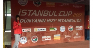 Atletizmde Damla Çelik Türkiye Şampiyonu