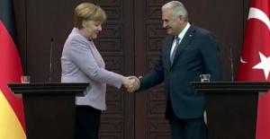 Başbakan Yıldırım ile Almanya Başbakanı Merkel Görüşmesi Başladı