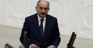 Çalışma Bakanı Müezzinoğlu Emeklilikte Yaşa Takılanlara İlişkin Son Noktayı Koydu