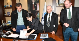 Çukurova Belediyesi Mektebim Okulları İle Protokol İmzaladı