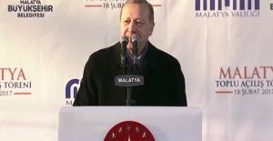 """Cumhurbaşkanı Erdoğan: """"Kandille Beraber Hayır Diyenler Onlarla Aynı Değilmi?"""""""