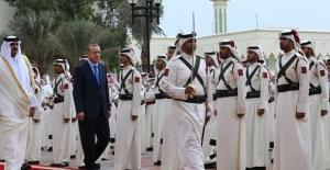 Cumhurbaşkanı Erdoğan, Katar Emirlik Divanı'nda