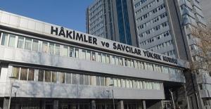 HSYK 227 Hakim Ve Savcıyı İhraç Etti