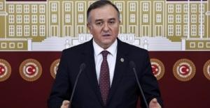 """MHP'li Akçay'dan CHP'li Özel'e """"MHP Siyasetin Onurlu Amiral Gemisidir"""""""