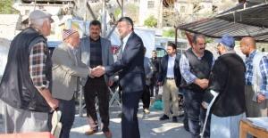 Başkan Turgut Mahalleleri Gezmeye Devam Ediyor