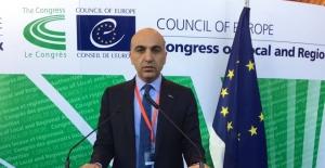 Başkan Kerimoğlu: Avrupa'da Yaşayan Türkler, İç Politika Malzemesi Yapılmasın