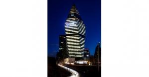 Dünya Saati Uygulamasına QNB Finansbank'tan Destek