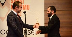 """""""Sanat Kurumu Tiyatro Ödülleri"""" Belirlendi"""