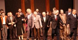 Şehir Tiyatrolarında Bu Hafta 1'i Yeni 14 Oyunla Sahnede