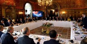 Cumhurbaşkanı Erdoğan, ABD'li Kanaat Önderlerini Kabul Etti
