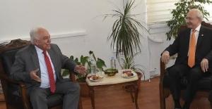 Kılıçdaroğlu Perinçek'i Ziyaret Etti
