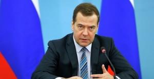 Medvedev İstanbul'da Başbakan Yıldırım İle Görüşecek