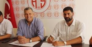 Antalyaspor Yeni Antrenörle Sözleşme İmzaladı