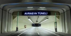 Yağışlardan Dolayı Kapatılan Avrasya Tüneli Trafiğe Açıldı