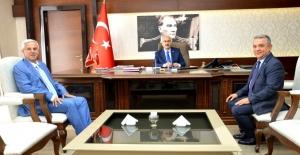 """Belediye Başkanlarından Aydın'ın Yeni Valisi Köşger'e """"Hayırlı Olsun"""" Ziyareti"""