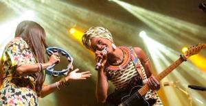 Fatoumata Diawara Ve Hindi Zahra Müzikseverlerle Buluştu