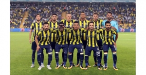 Fenerbahçe Yeni Sezon Açılışını İzmir'de Yapıyor