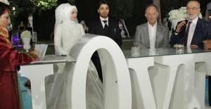 SP Genel Başkanı Karamollaoğlu Nikâh Şahidi Oldu