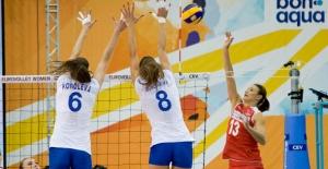 Avrupa Voleybol Şampiyonası Finalleri İlk Maçında Türkiye 1 – 3 Rusya