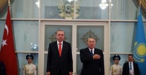 Cumhurbaşkanı Erdoğan Akorda Sarayında