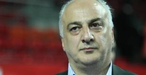 Fenerbahçe Asbaşkanı Hakan Dinçay Hayatını Kaybetti!