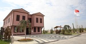 Atatürk Müzesi Ve Okuma Evi'ne Büyük İlgi