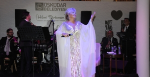 Üsküdar Emel Sayın Konseri ile 2017-2018 Kültür Sanat Sezonuna Merhaba Dedi