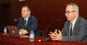 Bakırköy'de 'İdrar Kaçırma Problemi Ve Tedavi Yöntemleri' Semineri Verildi