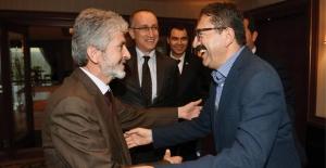 Başkan Tiryaki'den Büyükşehir Belediye Başkanı Tuna'ya Ziyaret