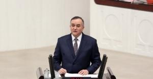 MHP'li Akçay Doğumunun 100. Yılında Alparslan Türkeş'i Mecliste Andı