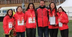 Kros Milli Takımı 3 Altın, 1 Gümüş, 3 Bronz Madalya İle Yurda Dönüyor